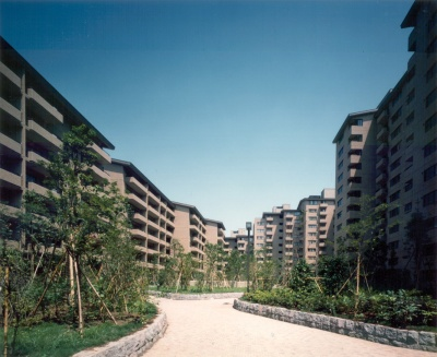 ヴィンテージマンションの代表格というと「広尾ガーデンヒルズ」が有名です