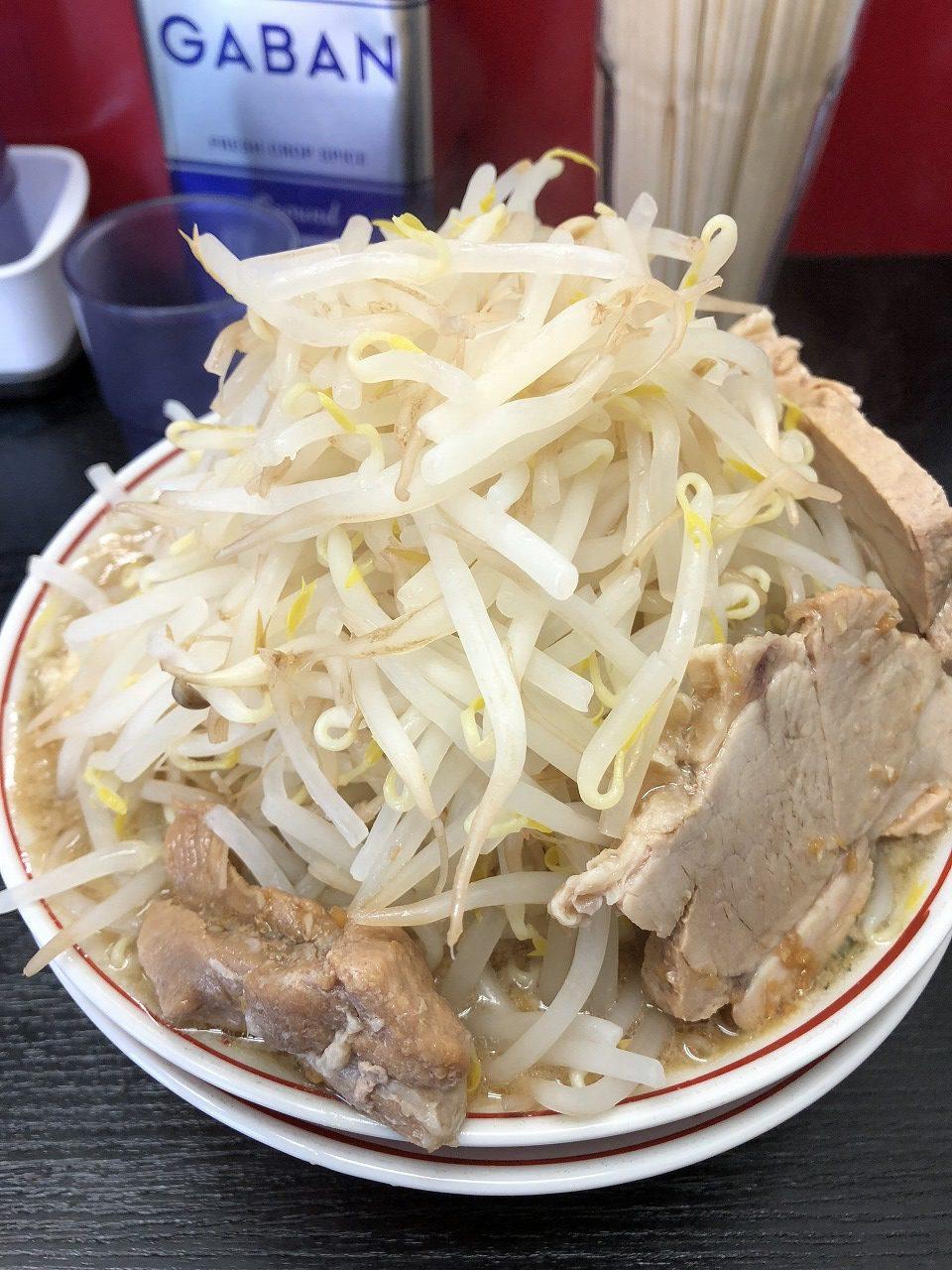 【メシめも】物件調査の合間に立ち寄った横浜市神奈川区片倉町のラーメン店「ぶた麺」は二郎インスパイア系